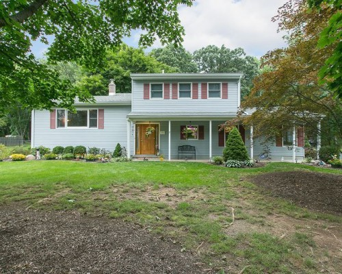 102 Clover Hill Rd, Long Hill Twp, NJ 07946